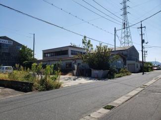 【前面道路含む現地写真】鳥取市古海工場用土地