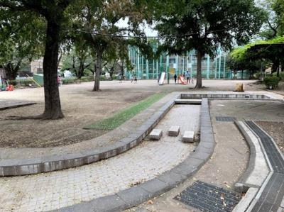和泉二丁目公園
