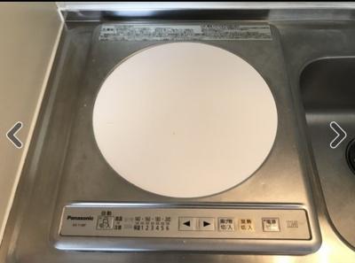 キッチンのIHコンロはガスを使わずに便利です。