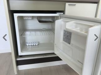 きれいなミニ冷蔵庫付き