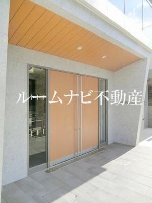 【エントランス】ロイジェント上野桜木