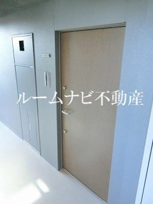 【玄関】ロイジェント上野桜木
