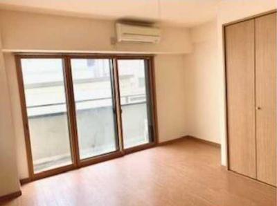 【居間・リビング】ラ・パルフェys 2人入居可 独立洗面台 バストイレ別