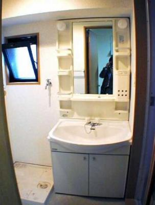 【洗面所】ラ・パルフェys 2人入居可 独立洗面台 バストイレ別