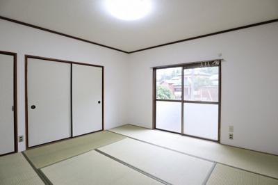 和室も壁や畳などが綺麗です!