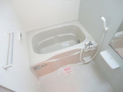 【浴室】ヴィラ・フォ-レA