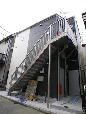 京急大師線「川崎大師駅」徒歩6分のアパートです。
