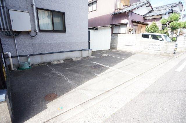 【駐車場】コーポラベンダー