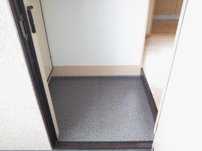 【玄関】ロイヤルハイツ