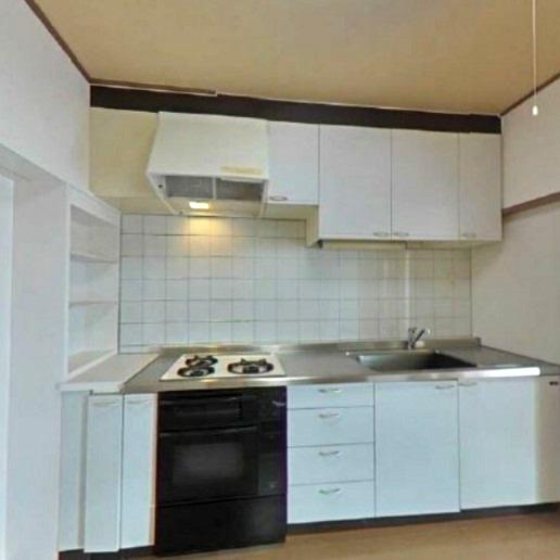 きれいなシステムキッチン~収納スペース豊富、2020年交換済