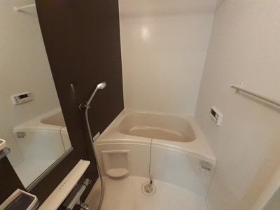 【浴室】フェリーチェ松美ヶ丘