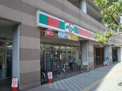 サンクス若江岩田駅前店まで429m