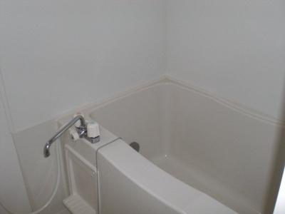 乾燥機能つきの浴室です。
