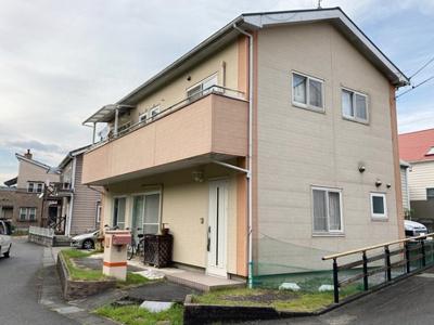 閑静な住宅地にあるリフォーム済み戸建てです!4LDK再生住宅が月々4万円台から!オール電化!駐車スペース3台可能!