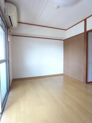 【居間・リビング】ナゴヤビル