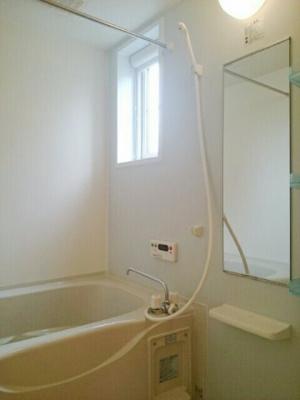 【浴室】ノーブル・フォーシーズンB