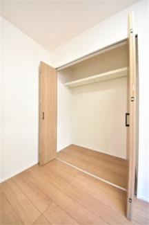 各お部屋、収納スペースもしっかりございます。