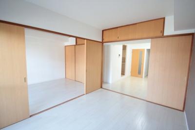 ※同建物ほかのお部屋の写真です
