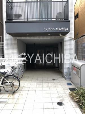 【エントランス】b'CASA Machiya(ビーカーサ町屋)