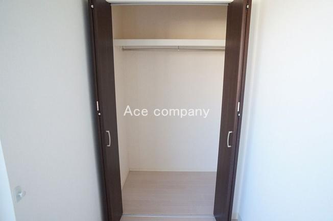 【3階:北東側洋室6帖】のクローゼットです♪