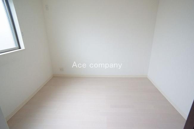 【3階:南西側洋室6帖】