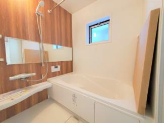1坪以上の浴室。浴室暖房乾燥機付き(^^)同社仕様