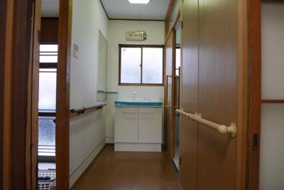 【独立洗面台】戸川町 一戸建て