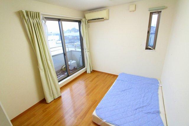 広いお部屋をさらにスッキリ♪おおきなクローゼット完備:三郷新築ナビで検索♪