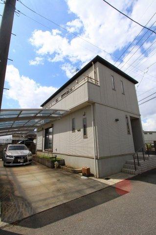 大型カーポートゆとりの駐車2台分:三郷新築ナビで検索♪