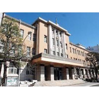 図書館「日本大学医学部図書館まで585m」