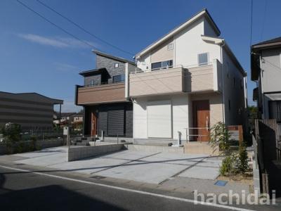 高浜市向山町1丁目新築分譲住宅全体写真です。2021年10月撮影