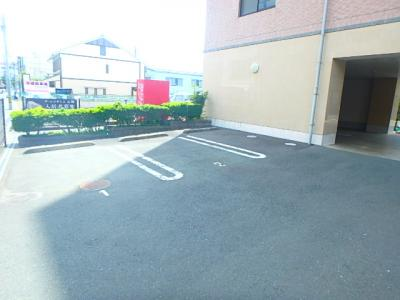 【駐車場】ザ・レジデンス元魚