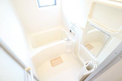 【浴室】パーシモンフィールドA