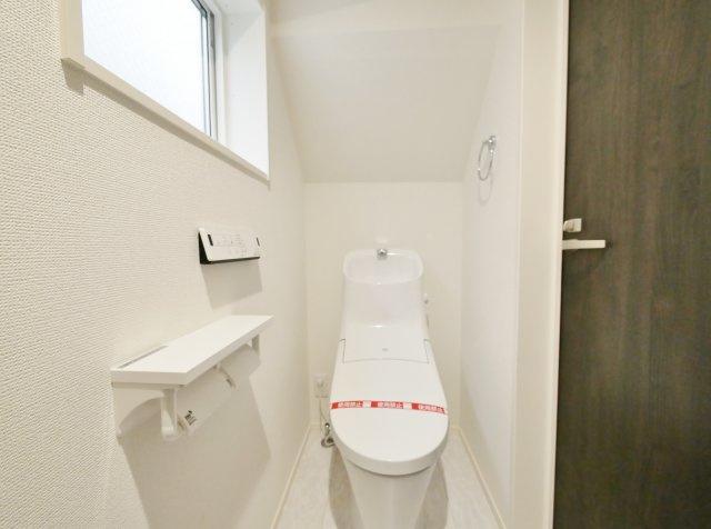 トイレは1階と2階にそれぞれ設けているので忙しい朝になど便利です