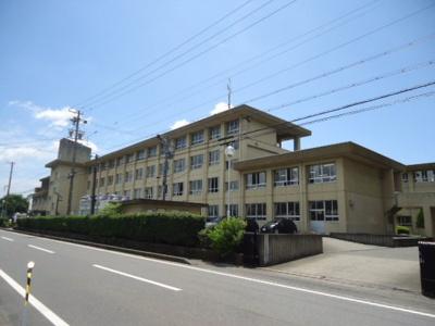 大野町立大野中学校まで753m