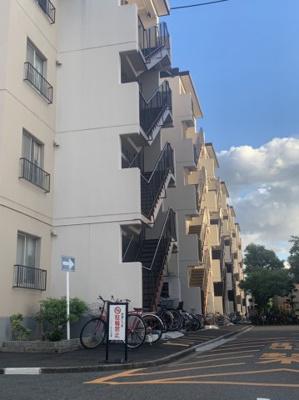 【外観】プレジデント東大阪第4棟