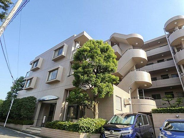 外観です  横浜鶴見ガーデンハウス 2LDK JR京浜東北線「鶴見」駅徒歩13分 角部屋 平坦 新規内装フルリノベーション 2面採光