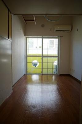室内写真は同タイプ別室の写真です。