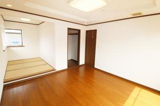 2階 8帖 洋室♪