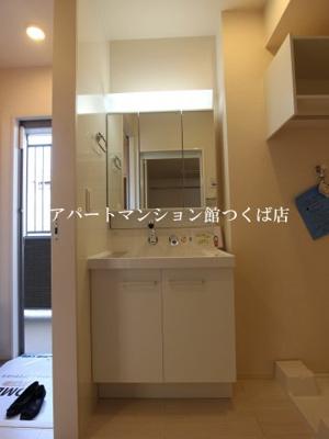 【独立洗面台】ラウレアコート