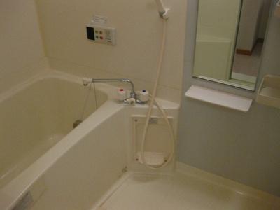 【浴室】カーサ・グローリアⅡ