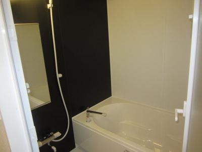 【浴室】ファイブコート宿院