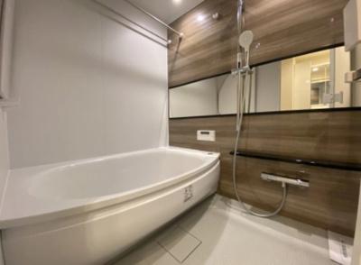「ジェイパーク王子神谷ツインステート」の浴室です。