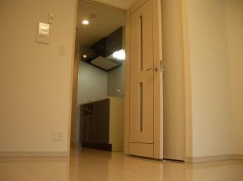 洋室6.6帖のフローリングのお部屋です。