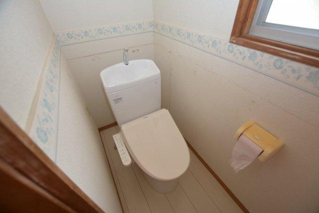 【トイレ】夏吉戸建て