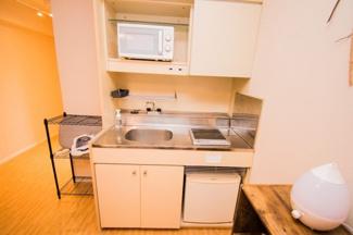 コンパクトなキッチンで掃除もラクラク♪