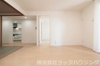 【居間・リビング】サンマークスだいにちルナタワーレジデンスD棟