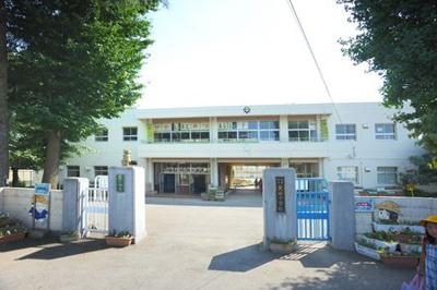 箕田小学校まで300m
