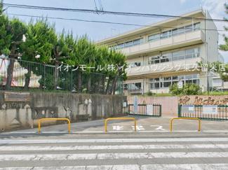 西東京市立谷戸第二小学校(約307m)