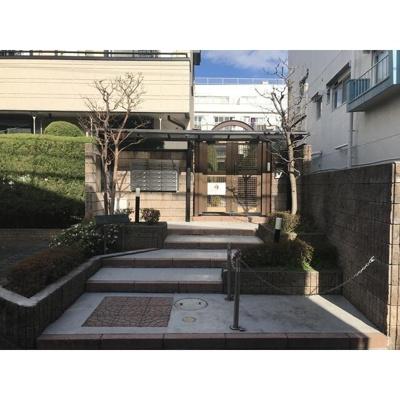 【エントランス】クラールパラシオン目黒東山